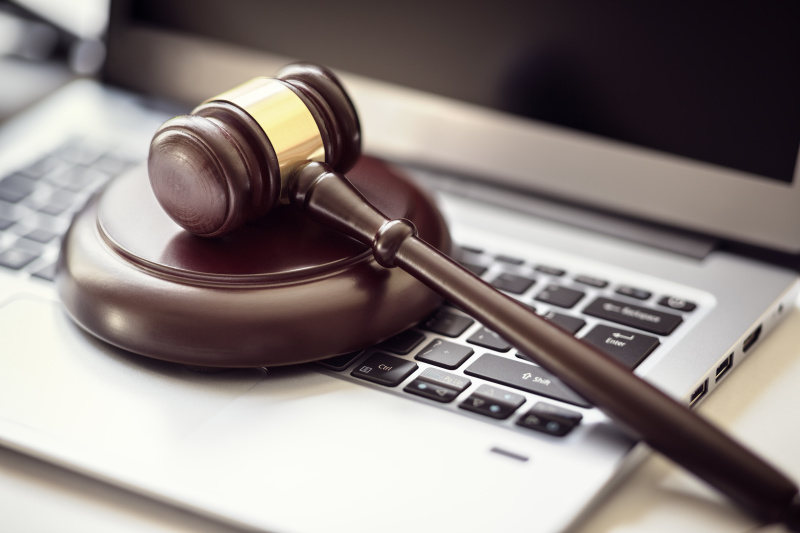 Should You Make An Online Will Or Hire An Attorney?